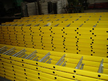 China Portable Steel Scaffold Step Ladder Yellow Powder Coated For Building Construction factory